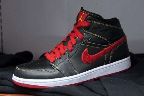 air-jordan-1-black-red-yellow